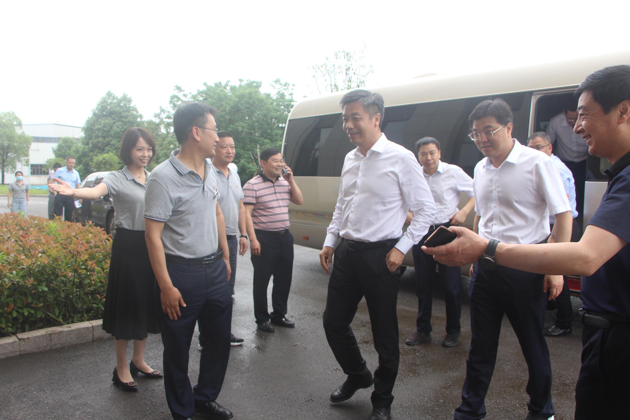 江西省人民政府副省长、党组成员任珠峰莅临我司调研指导工作